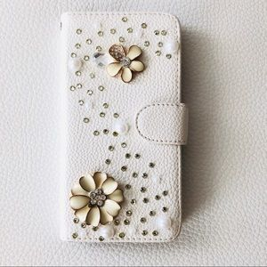 iPhone 6 Chic white Case w/ card slots